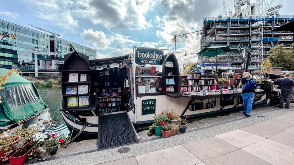 Tienda libros barco Londres